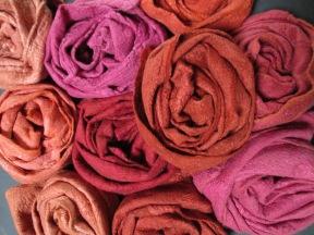 rouge-garance-foulards-laine-et-mouchoirs-de-soie-garance-cochenille